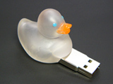 """あひる型USBメモリー """"クリスタルi-Duck"""""""